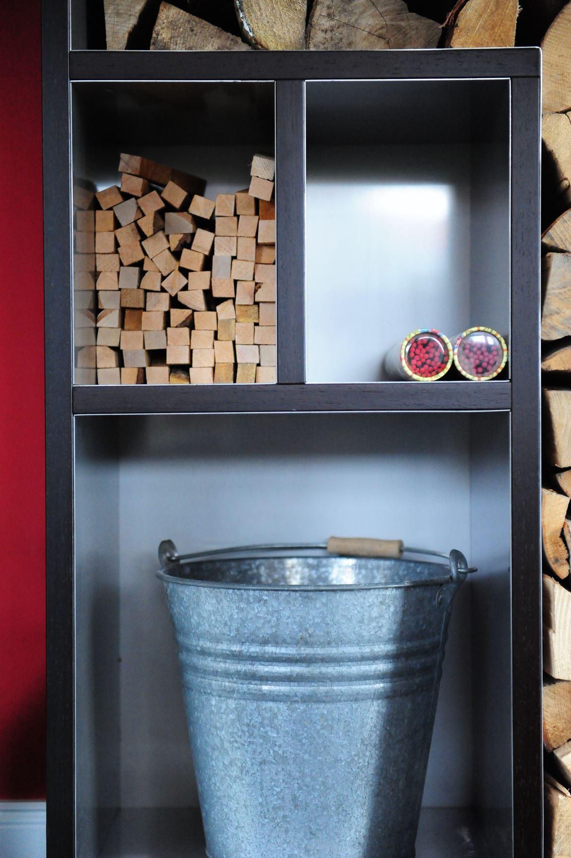 kaminholzregal hamburger m bel. Black Bedroom Furniture Sets. Home Design Ideas