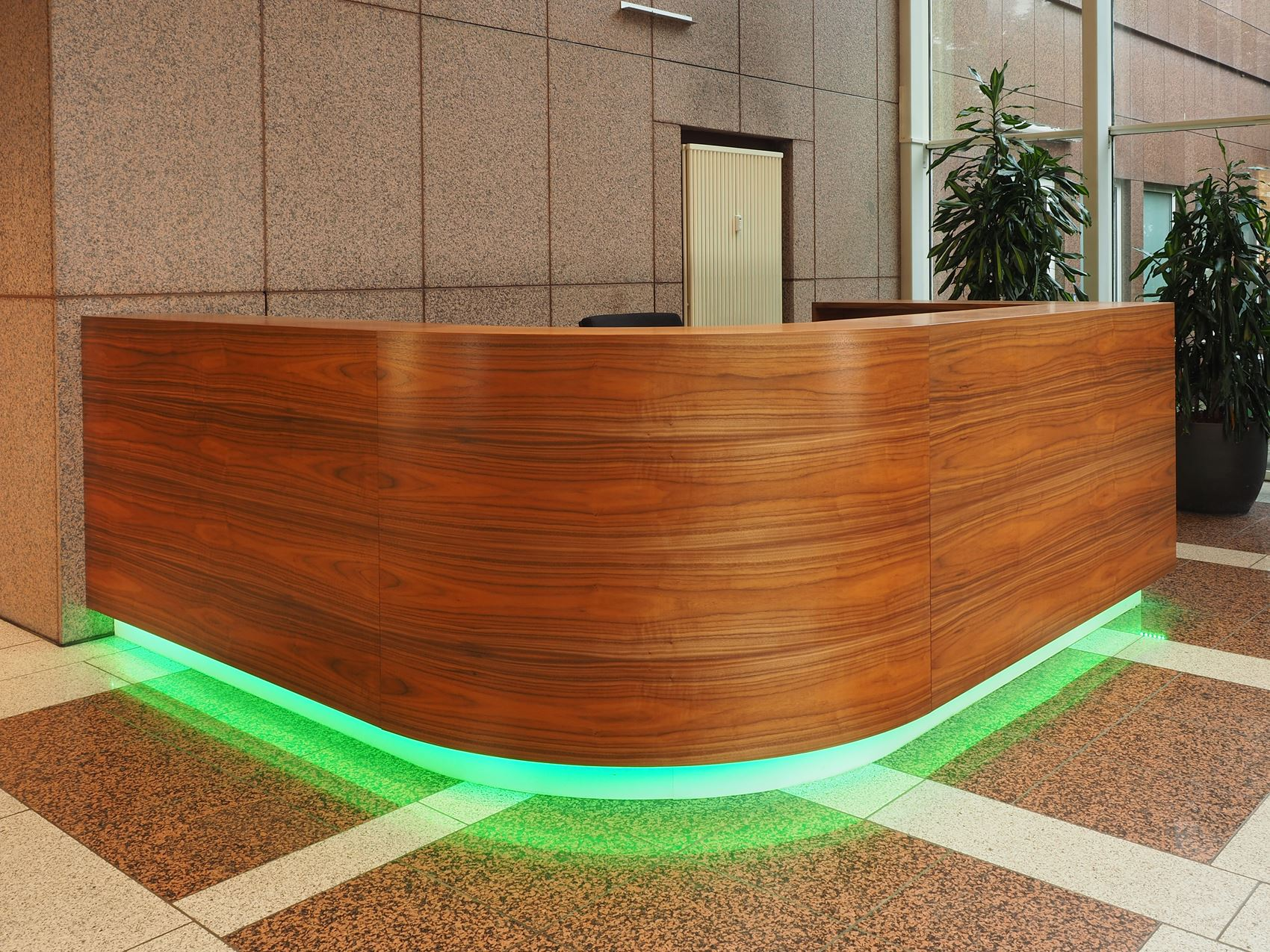 Tresen mit LED-Beleuchtung