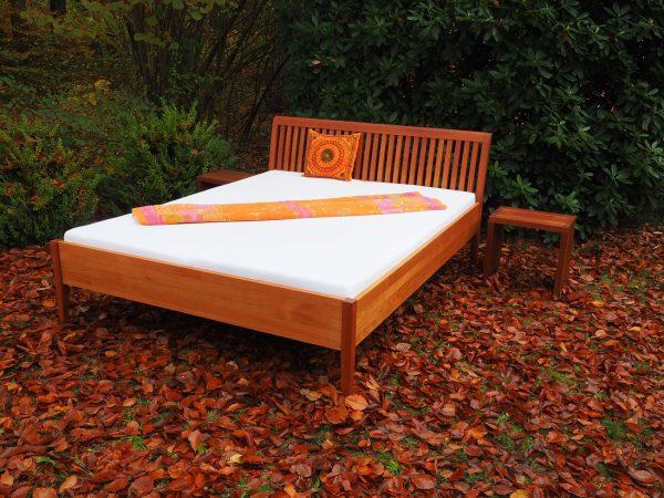 Doppelbett aus amerikanische Kirsche