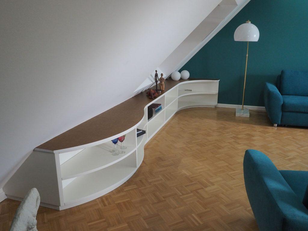 Lowboard in der Dachschräge - HAMBURGER möbel
