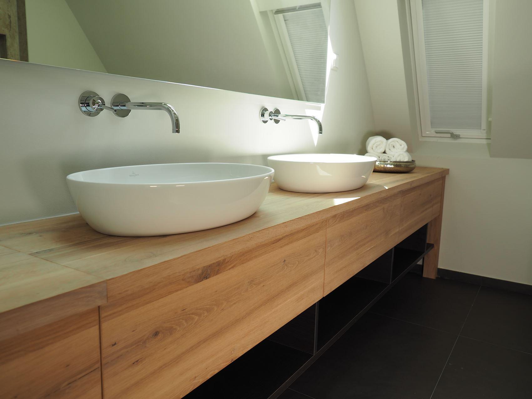 waschtisch aus altholz eiche hamburger m bel. Black Bedroom Furniture Sets. Home Design Ideas