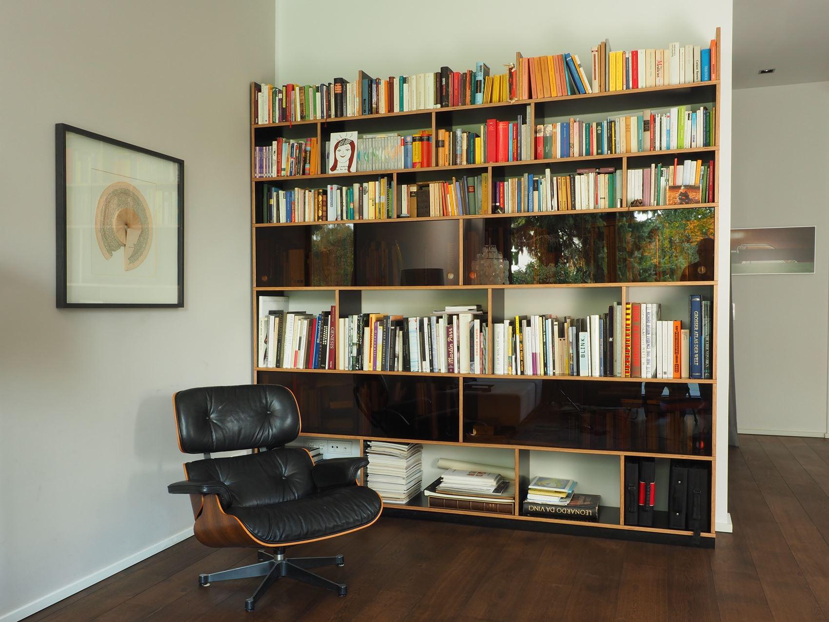 Bücherregal aus Multiplex HAMBURGERmöbel - Tischlerei in Hamburg