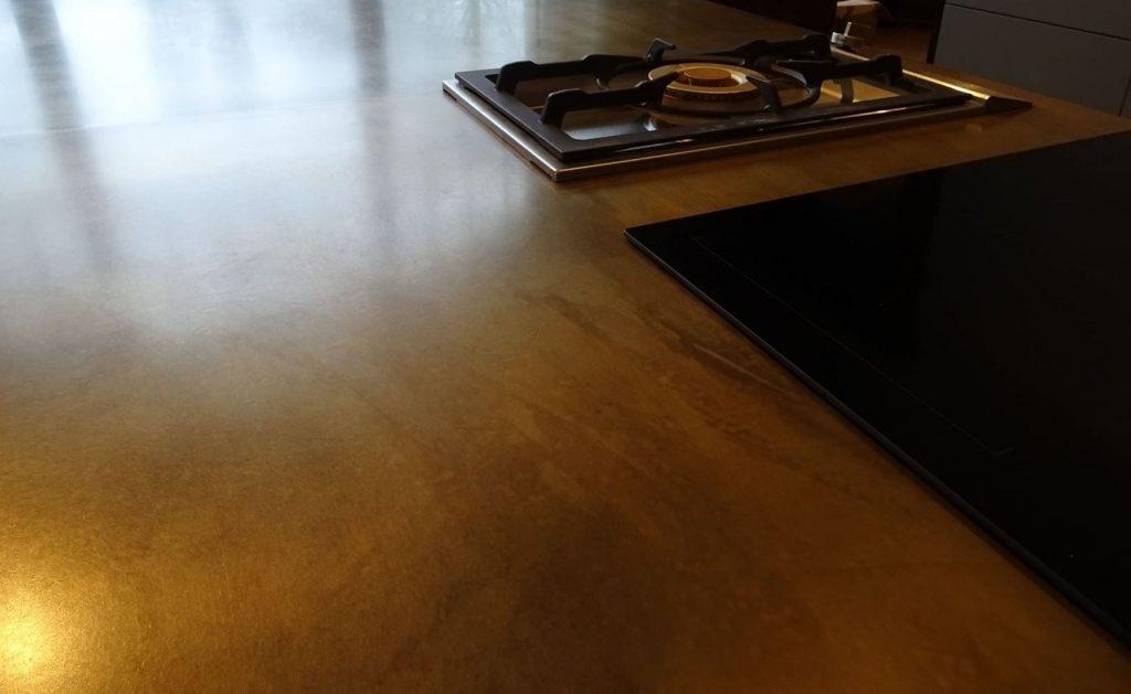 brüniertes Messing vom Tischler in Hamburg – HAMBURGERmöbel