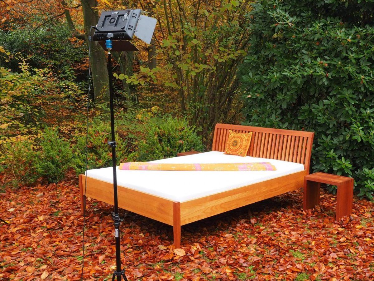 Ehebett aus Kirschbaumholz Tischlerei Hamburg